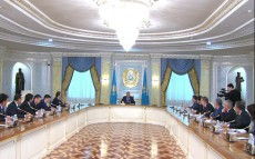 President N.Nazarbayev Holds a Meeting with Leadership of the Executive Office of the President of the Republic of Kazakhstan