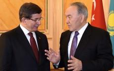 Мемлекет басшысы Түрік Республикасының Премьер-Министрі Ахмет Давутоғлумен кездесті