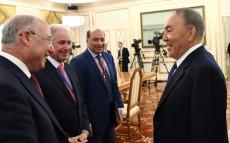 Елбасы «Астана» халықаралық қаржы орталығын басқару жөніндегі кеңестің мүшелерімен кездесті
