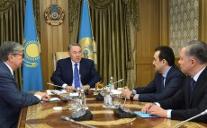 Сonsultations with Chairman of the Senate of Parliament Kassym-Zhomart Tokayev and Prime Minister Karim Massimov with the participation of Head of the Presidential Executive Office Nurlan Nigmatulin