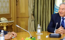 President Nursultan Nazarbayev Receives Chairman of the Board of Directors and CEO of ArcelorMittal Lakshmi Mittal