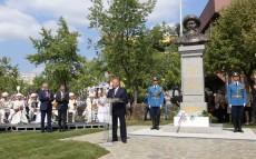Мемлекет басшысы Нұрсұлтан Назарбаев Жамбыл Жабаев ескерткішінің ашылу рәсіміне қатысты