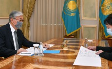 The President receives Akim of Kyzylorda region Gulshara Abdykalikova