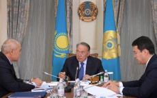 Meeting with Samruk-Kazyna JSC Board Chairman Umirzak Shukeyev