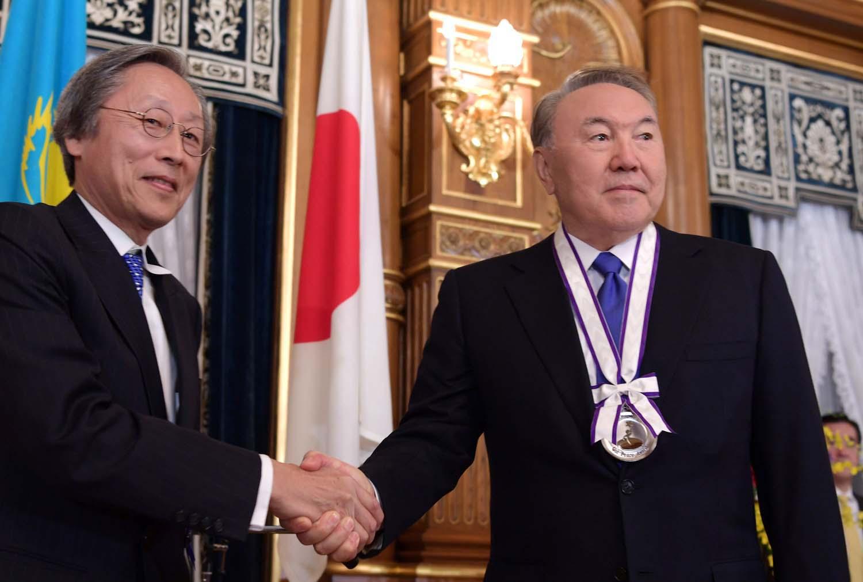 Президента Казахстана наградили премией культуры мира в Токио