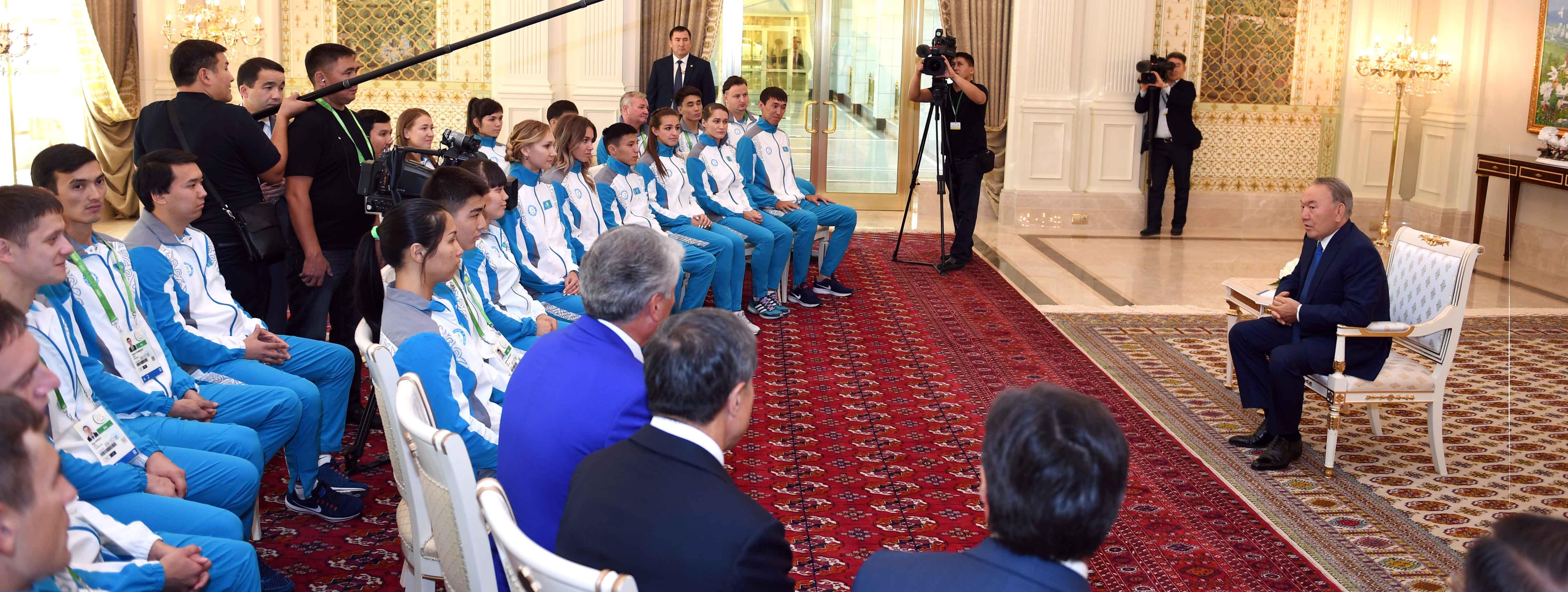 Мемлекет басшысы  Головкин мен Альварес жекпе-жегіне пікір білдірді