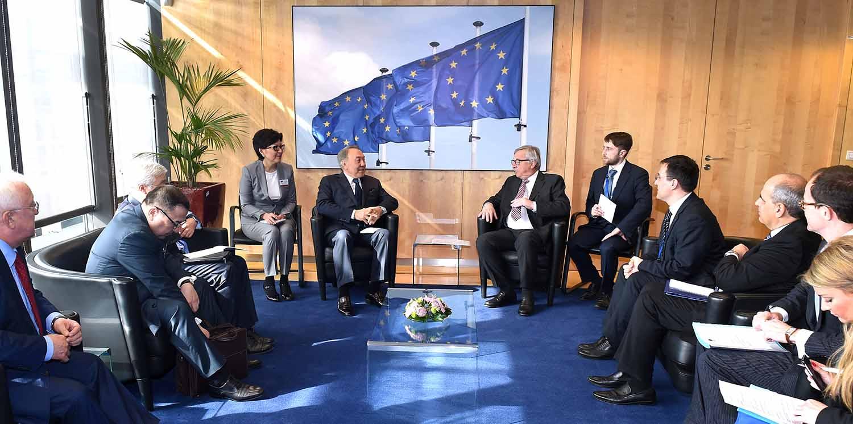 Назарбаев пригласил Европу поддержать создание финцентра в Астане
