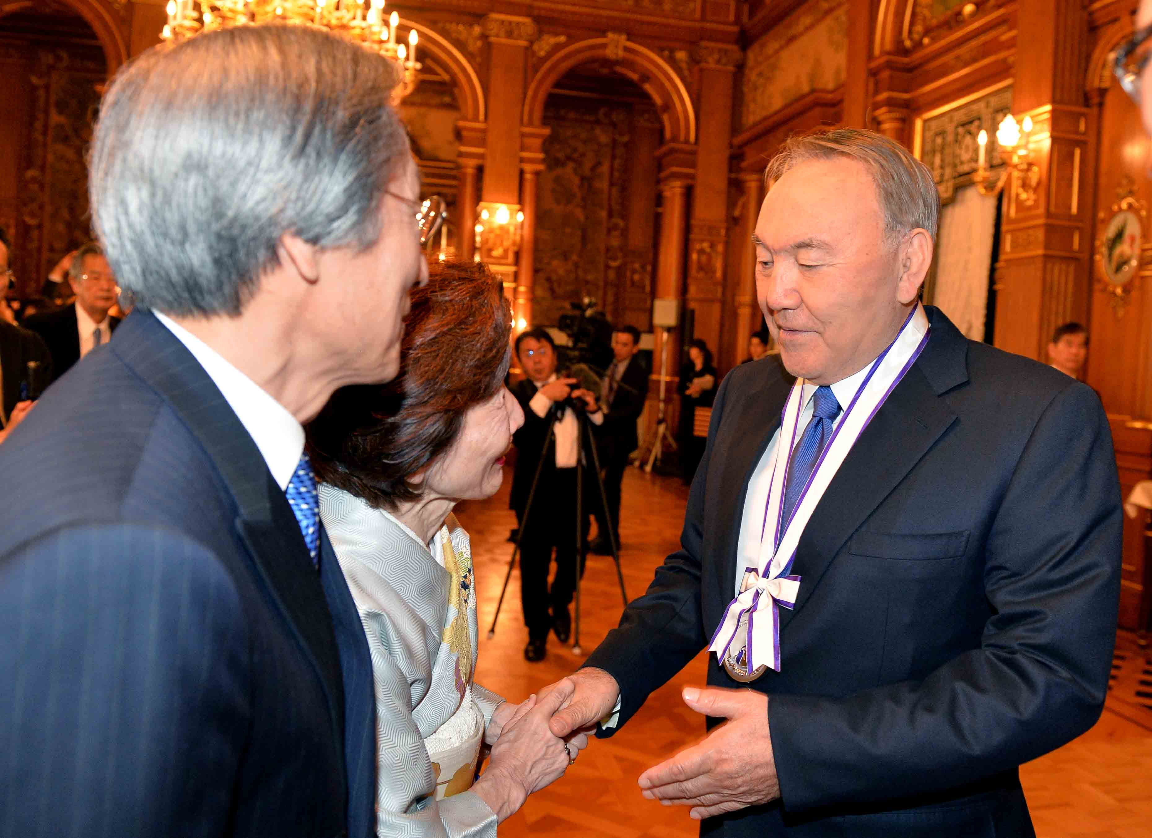 Нурсултан Назарбаев обсудил в Японии программу ядерного разоружения