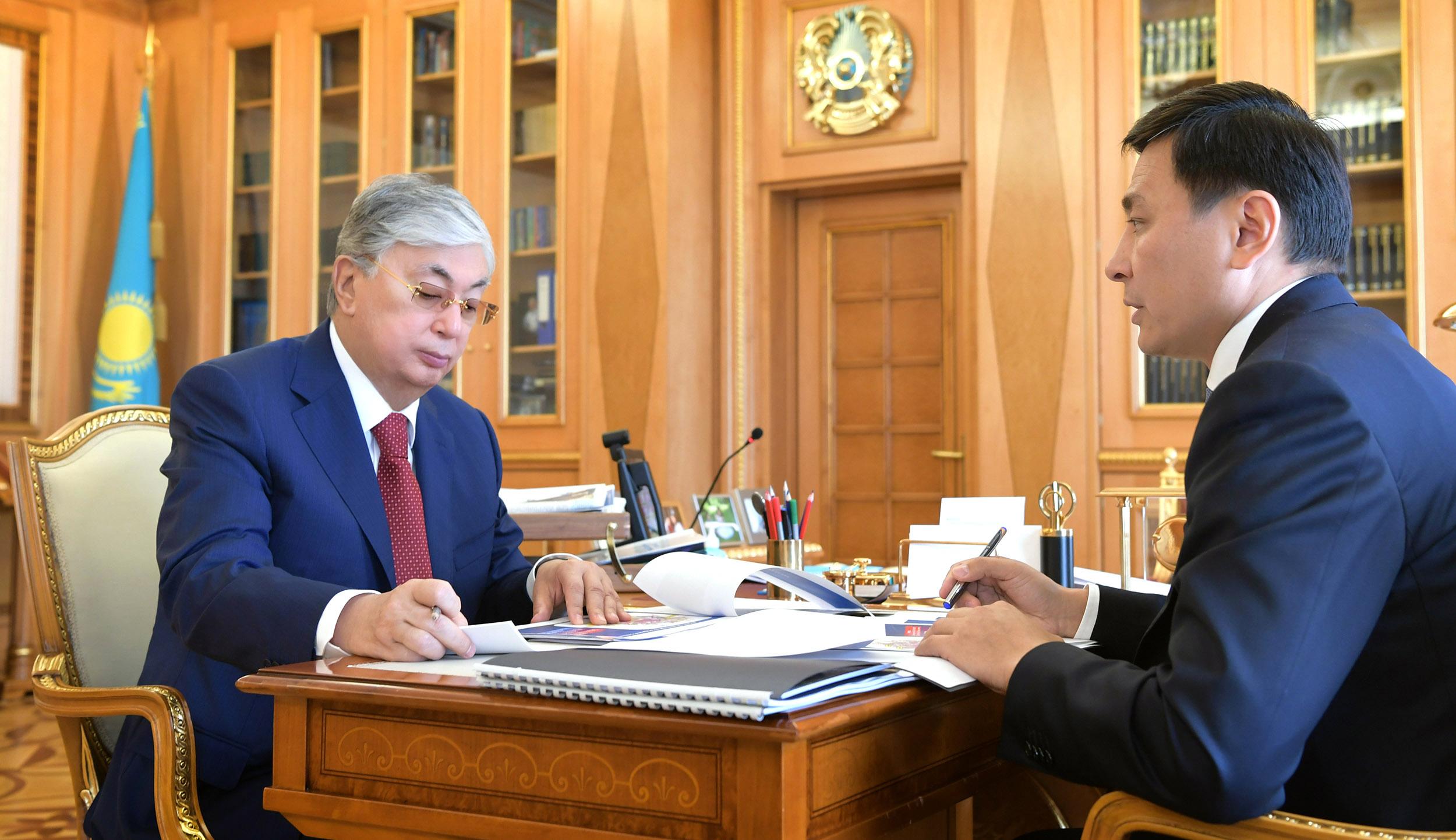 Токаев дал Алтаю Кульгинову ряд поручений по наращиванию темпов строительства городских объектов