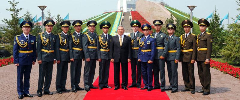 герб и флаг республики казахстан