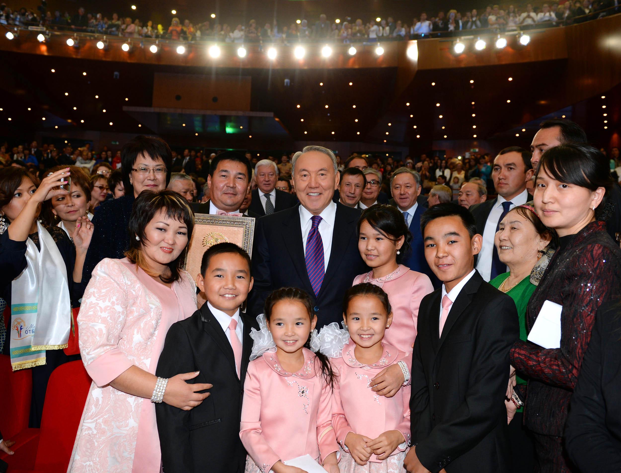 Свадьба внука назарбаева фото